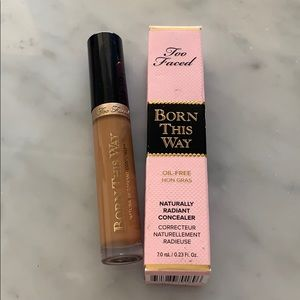 "Too faced born this way concealer ""tan"""